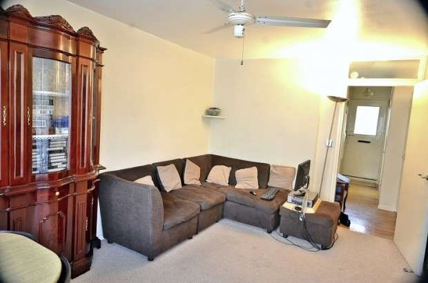1 Bedroom Apartment Flat for sale in Earlsferry Way, Islington, N1