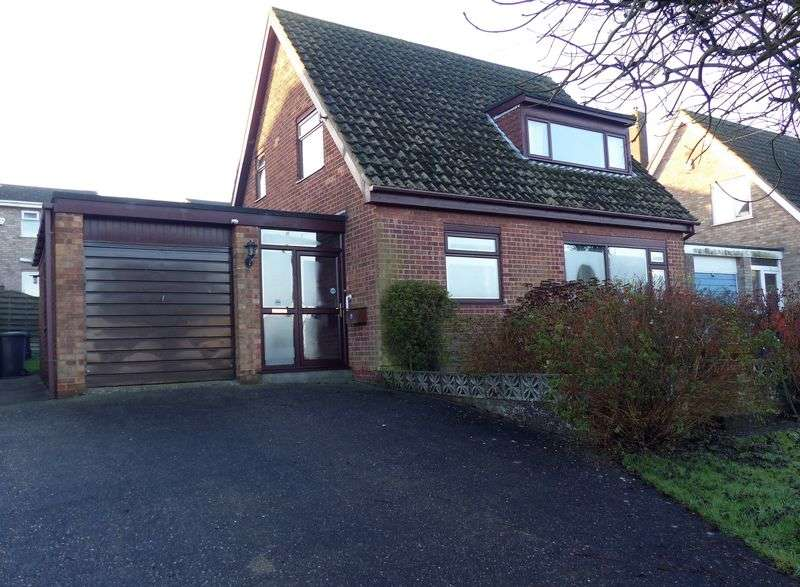 3 Bedrooms Detached House for sale in Thurlby Close, Washingborough