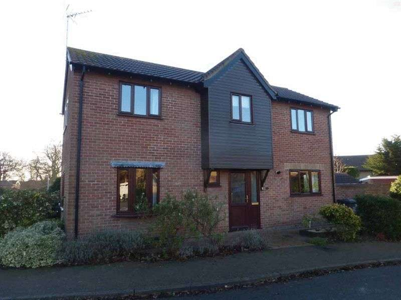 3 Bedrooms Detached House for sale in Bradwell