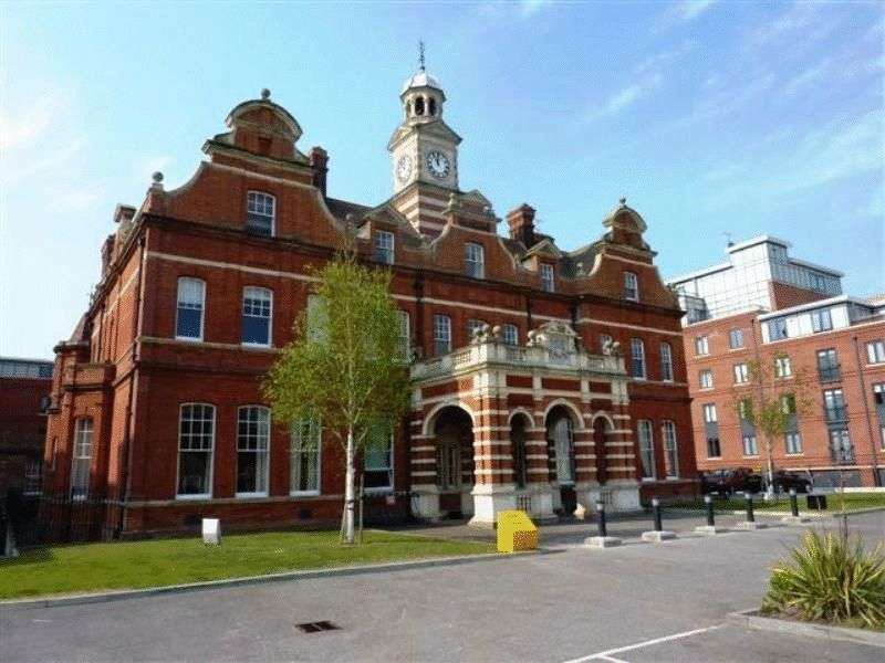 2 Bedrooms Flat for sale in Fellowes Plain, St Stephens Road, Norwich