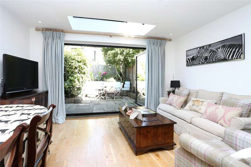 3 Bedrooms House for sale in Ballantine Street, Wandsworth, London, SW18