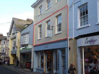 2 Bedrooms Flat for sale in Dartmouth