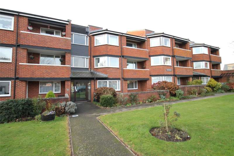 2 Bedrooms Apartment Flat for sale in The Swallows, St Catherines Road, Littlehampton, BN17
