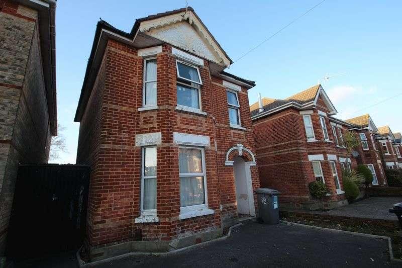 6 Bedrooms Detached House for rent in Osborne Road, Winton