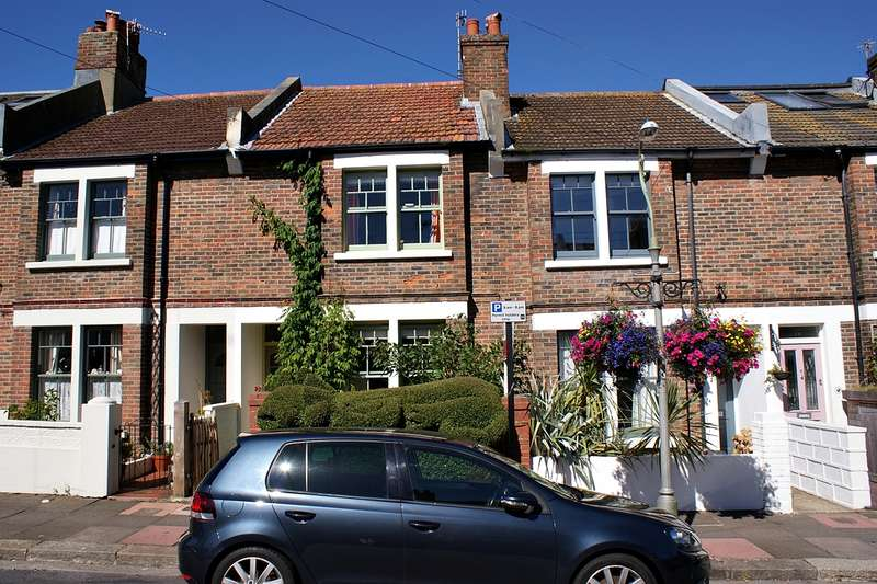 2 Bedrooms House for sale in Bennett Road, Brighton