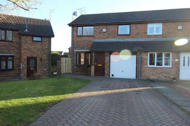 3 Bedrooms Semi Detached House for sale in Ilford Avenue, Northburn Glade, Cramlington