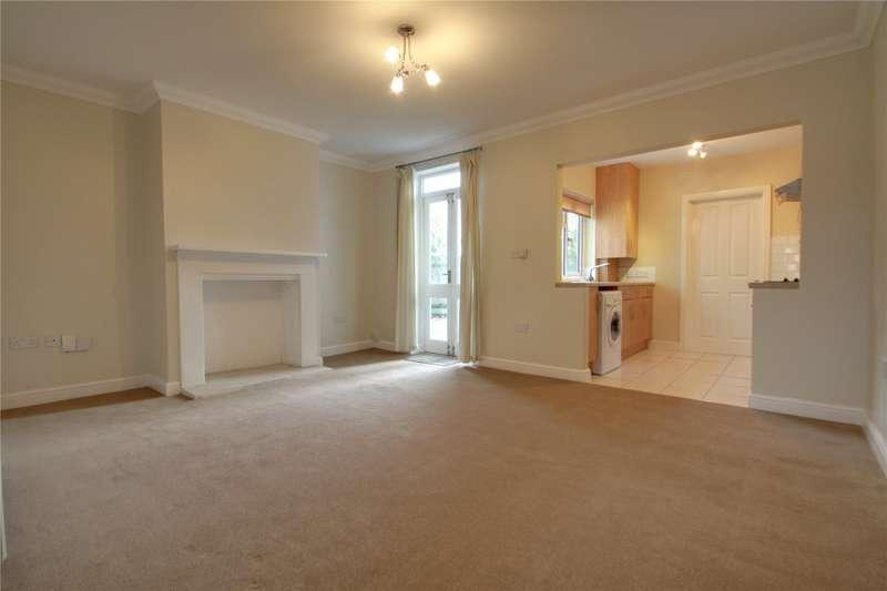 1 Bedroom Maisonette Flat for sale in Guildford Road, Chertsey, Surrey, KT16