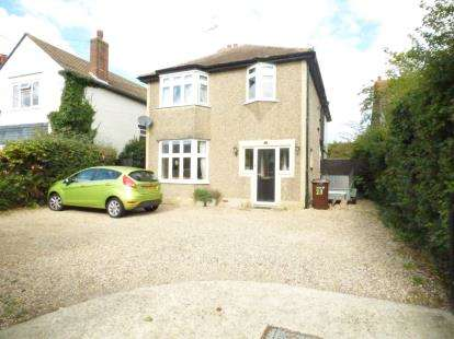4 Bedrooms Detached House for sale in Kirby Cross, Frinton-On-Sea, Essex