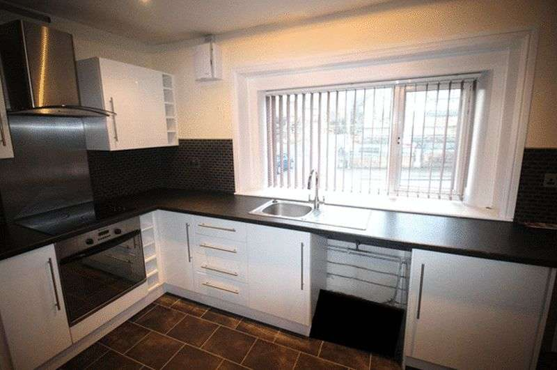 2 Bedrooms House for sale in Back Clough, Northowram