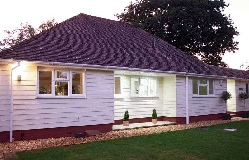 4 Bedrooms Detached Bungalow for sale in Barton Court Avenue, New Milton