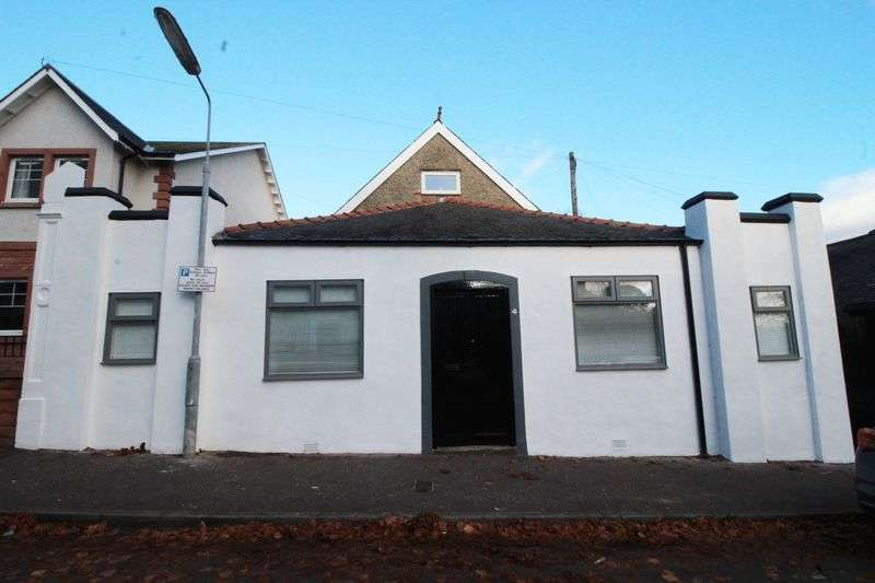 4 Bedrooms Detached House for sale in Carlyle Road, Kirkcaldy