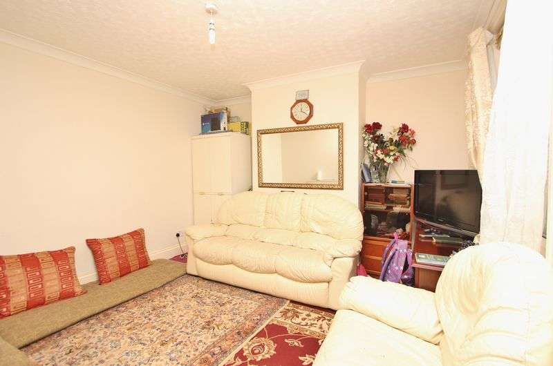 3 Bedrooms Terraced House for sale in Windham Road, Bournemouth