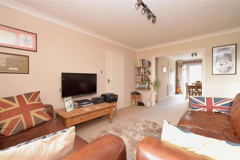 3 Bedrooms Semi Detached House for sale in Chippers Road, Worthing, West Sussex