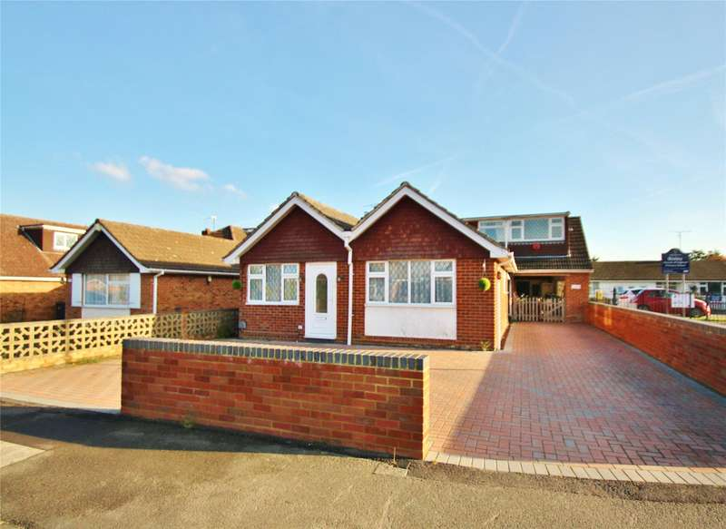 5 Bedrooms Detached Bungalow for sale in Hawthorn Way, Bisley, Woking, Surrey, GU24