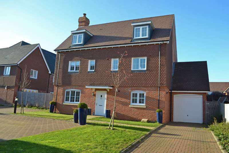 5 Bedrooms Detached House for sale in Oddstones, Codmore Hill, Pulborough, West Sussex, RH20