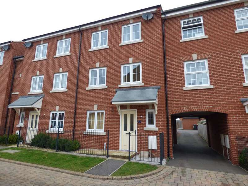 4 Bedrooms Town House for sale in Meadfoot Place, Bedford, MK41 7GH