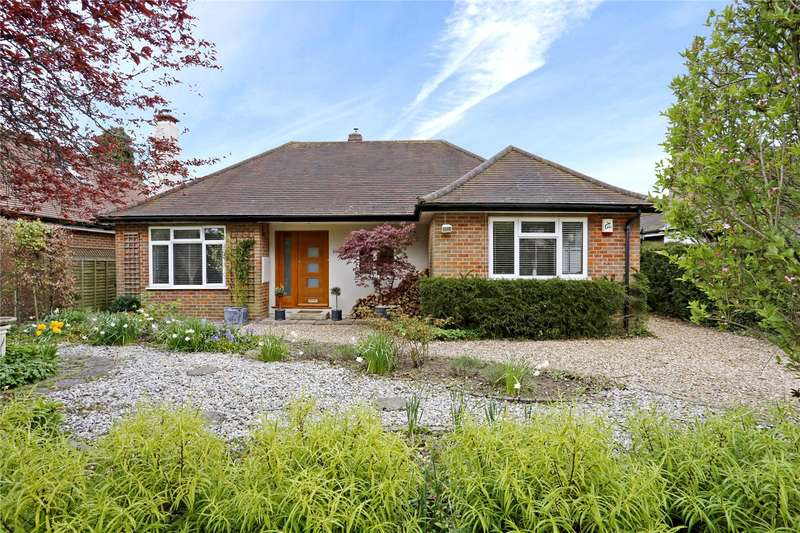 3 Bedrooms Detached Bungalow for sale in Kings Lane, South Heath, Great Missenden, Buckinghamshire, HP16