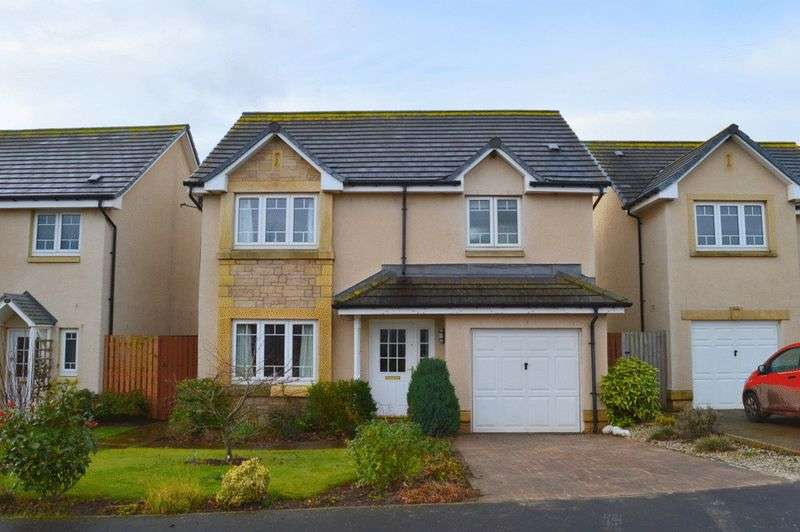 4 Bedrooms Detached House for sale in Whitehall Road, Chirnside, Duns, Berwickshire