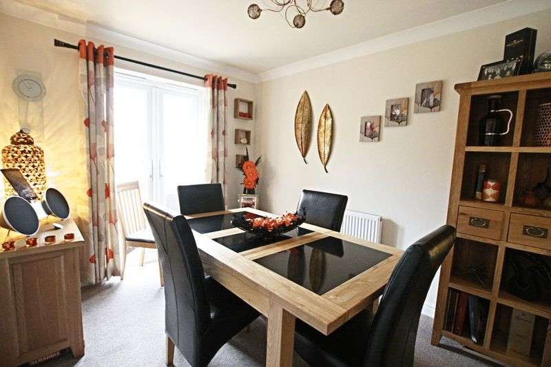 4 Bedrooms Detached House for sale in Ashcourt Drive, Hornsea