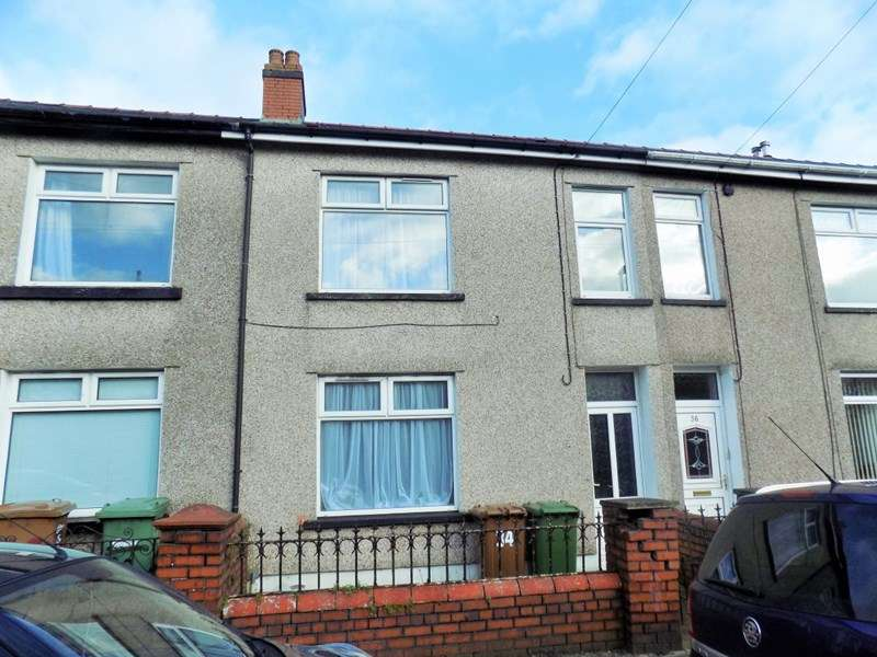 4 Bedrooms House for sale in Commercial Street, Ystrad Mynach