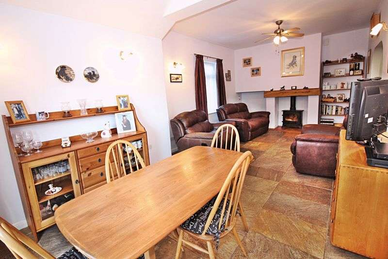 3 Bedrooms Semi Detached Bungalow for sale in Chalton