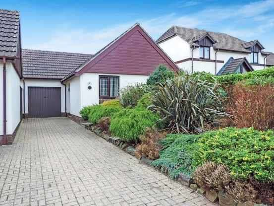 2 Bedrooms Detached Bungalow for sale in Old Market Drive, Bideford, Devon, EX39 5QF