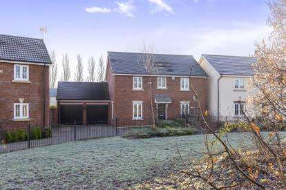 4 Bedrooms Detached House for sale in Staxton Drive Kingsway, Quedgeley, Gloucester, Gloucestershire
