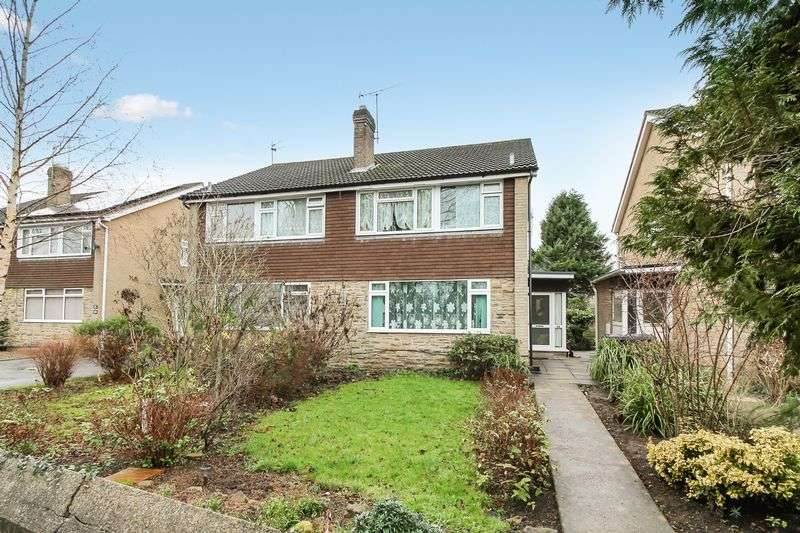 3 Bedrooms Semi Detached House for sale in Magdalens Road, Ripon