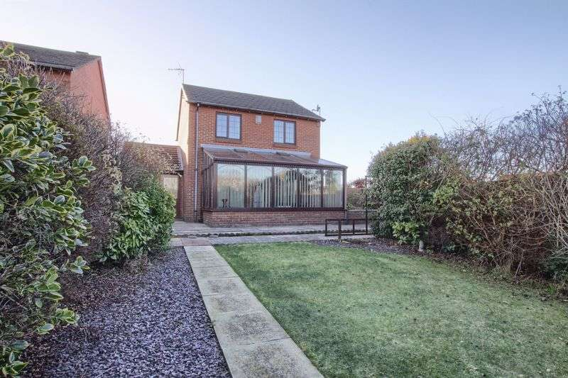 3 Bedrooms Detached House for sale in Copse Close, Ingleby Barwick