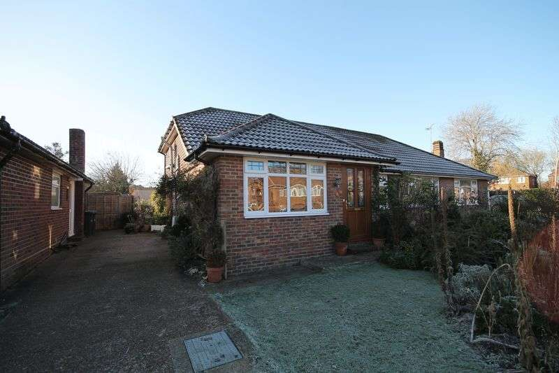 4 Bedrooms Semi Detached Bungalow for sale in Friars Oak Road, Hassocks, West Sussex,