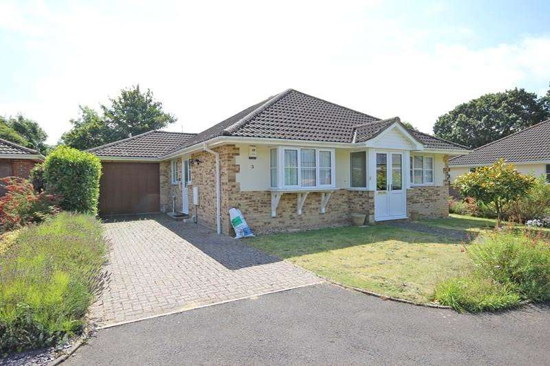 3 Bedrooms Detached Bungalow for sale in Kelsall Gardens, New Milton
