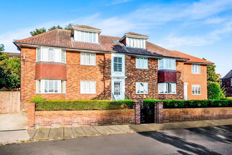 1 Bedroom Flat for sale in Albemarle Road, York, YO23 1EW