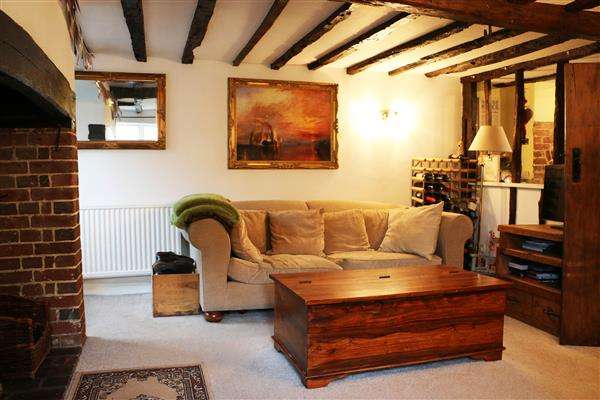 2 Bedrooms Terraced House for sale in Church Hill Cottages, Upper Street, Leeds, Maidstone