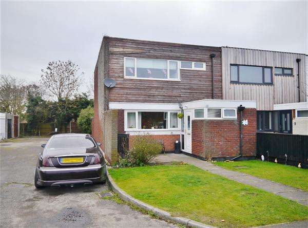 3 Bedrooms End Of Terrace House for sale in Wood End, Ropsley, Grantham