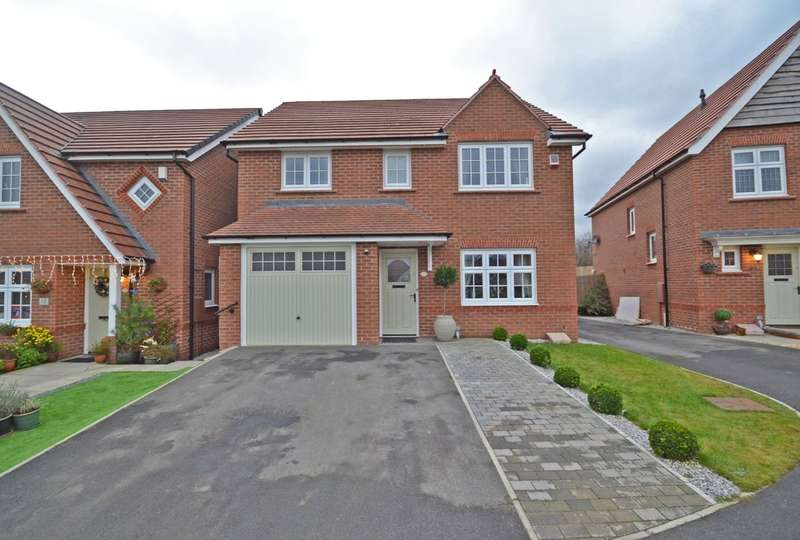 4 Bedrooms Detached House for sale in Westminster Gardens, Wrenthorpe, Wakefield
