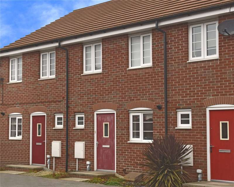 2 Bedrooms Terraced House for sale in Hathersage Close, Grantham, NG31