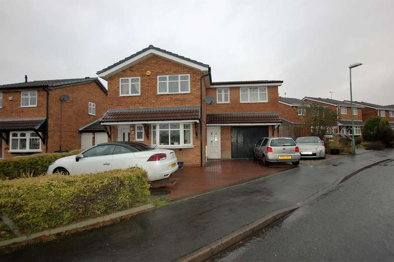 4 Bedrooms Detached House for sale in Sandringham Way, Brierley Hill, DY5 3JR