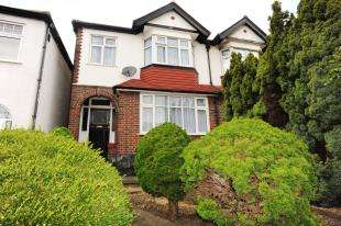 3 Bedrooms End Of Terrace House for sale in Perry Hill, Sydenham/Catford, London