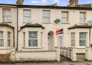 3 Bedrooms Terraced House for sale in Dennett Road, Croydon