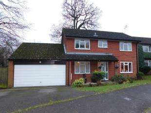 4 Bedrooms Detached House for sale in Bargrove Road, Maidstone, Kent