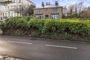5 Bedrooms Detached House for sale in Parrock Road, Gravesend, Kent, Gravesend