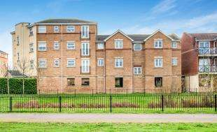 1 Bedroom Flat for sale in Culvers Court, Fenners Marsh, Gravesend, Kent