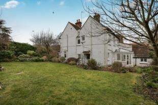 4 Bedrooms Cottage House for sale in Ovingdean Road, Ovingdean, Brighton, East Sussex