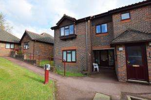 1 Bedroom Flat for sale in Parkside, Alexandra Road, Heathfield, East Sussex