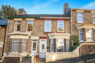 2 Bedrooms Terraced House for sale in Minnis Terrace, Crabble Avenue, Dover, Kent