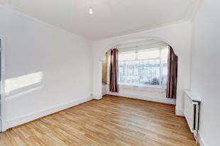 3 Bedrooms End Of Terrace House for sale in Langdale Road, Thornton Heath