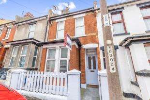 3 Bedrooms Terraced House for sale in Foord Street, Rochester, Kent