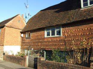 2 Bedrooms Terraced House for sale in Northbridge Street, Robertsbridge, East Sussex
