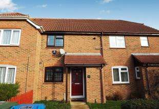 2 Bedrooms Terraced House for sale in Hugh Price Close, Murston, Sittingbourne
