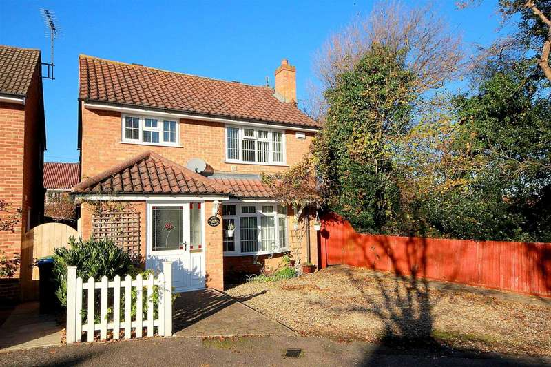 3 Bedrooms Detached House for sale in Rose Cottage, Austins Mead, Bovingdon